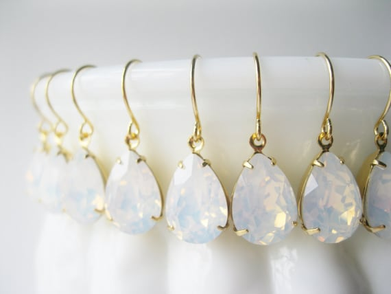 Bridesmaid Earrings Set of 6 pairs White Opal Gold Plated Crystal Teardrop Earrings White Wedding Bridal Jewelry Sets Vintage Style Wedding