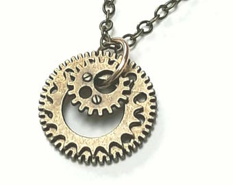 Steampunk Necklace, Gears Cogs Pendant, Antique Brass Chain, Fantasy Jewellery, Cosplay, Mechanical Necklace, Clockwork Jewelry, Engineering
