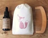 Vegan Beard Care Set in Fox Print Bag wih Beard Oil, Wood Comb, Natural Men's Grooming Kit