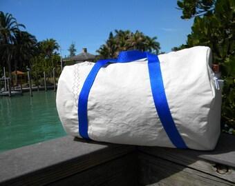 Sail cloth Duffle Bag from recycled sail  by SailAgainBags