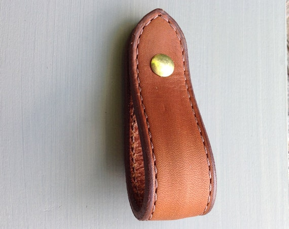 Saddle Tan, Loop, Leather drawer pull for furniture: contoured body, edge stitched, english ends