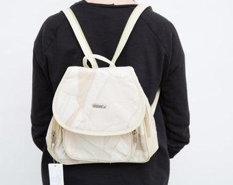 19e83d2c51c6e Vintage 90s Backpack