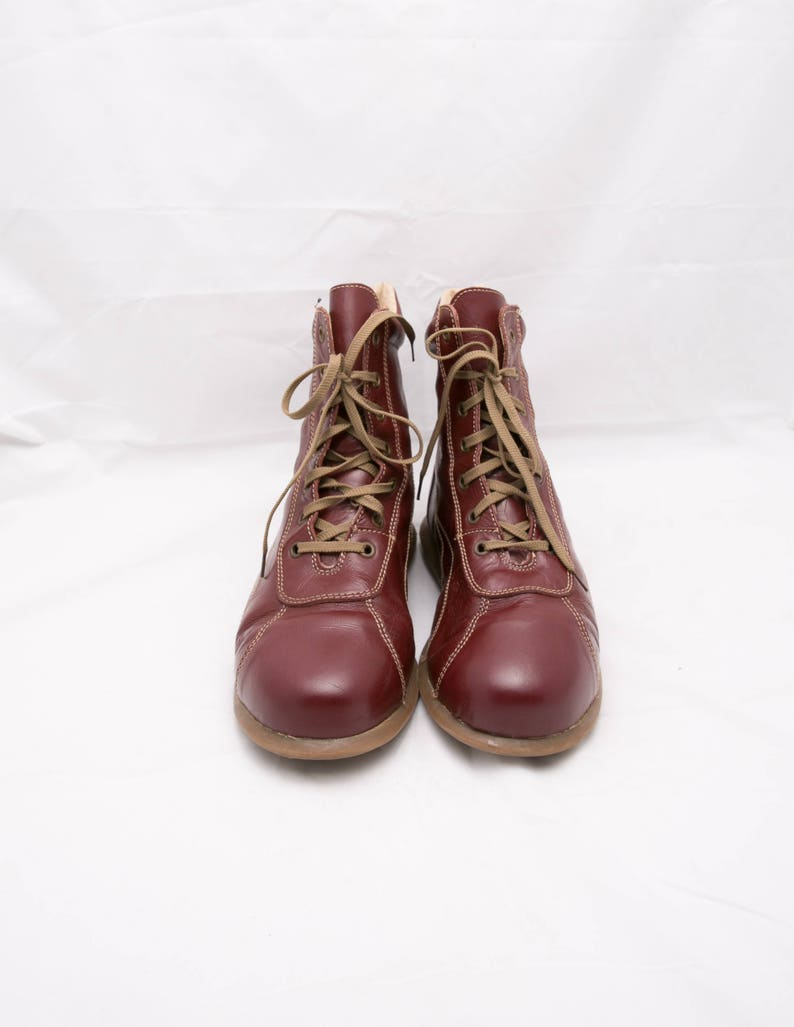 dbc9fafadffef Vintage Flat Lace Up Boots, EU 41 / US 10 / UK 8, Retro Ankle Boots,  Reddish Suede Shoes, Fire Brick Red Chukka Boots