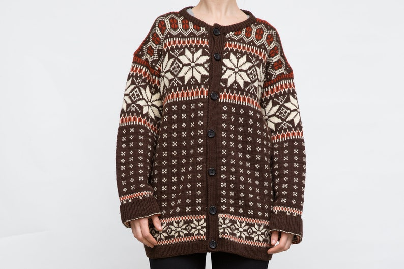 a77f525f219b67 Vintage Norwegian Sweater Large Size Cardigan Brown Wool
