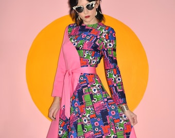 Vintage 60s 70s Psychedelic Hippie Mod Pink Colorful Maxi Dress