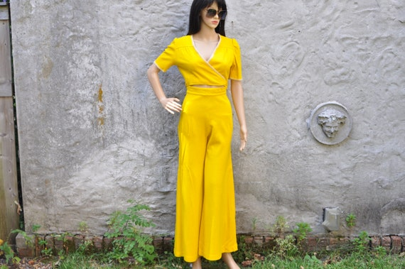 60s 70s Yellow Pant Suit XS - image 6