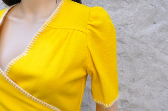 60s 70s Yellow Pant Suit XS - image 3