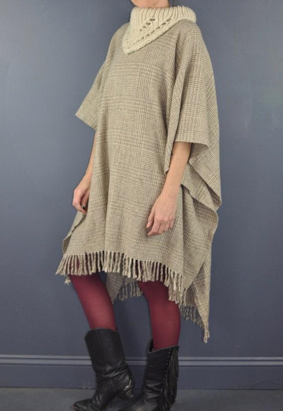 Vintage Minimalist Wool Poncho Serape Jacket