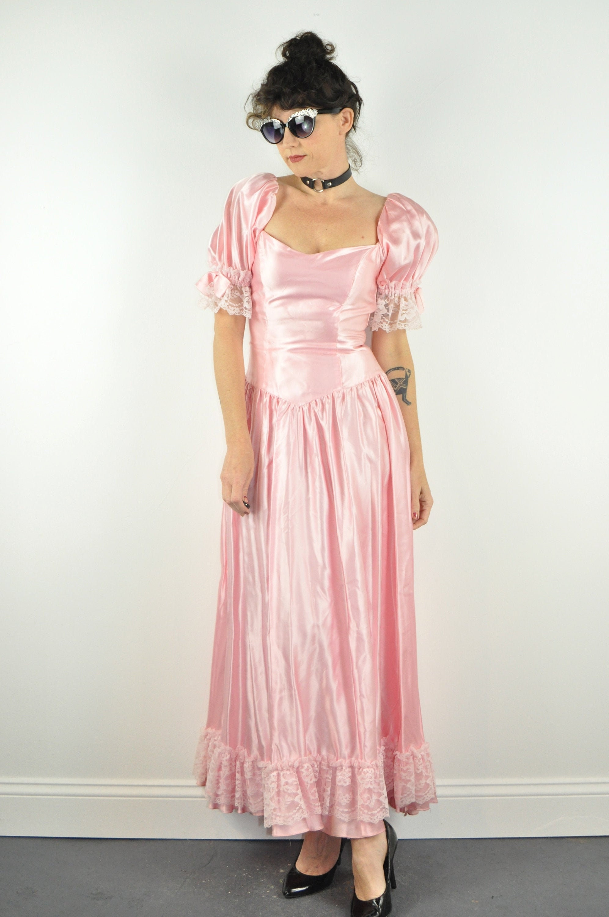80s Dresses | Casual to Party Dresses 80S Pink Prom Dress - Small  Puff Sleeve Vintage Party Lace 1980S Bow $0.00 AT vintagedancer.com
