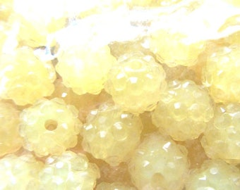 20 pieces Resin Rhinestone BEADS Round yellow about 12mm
