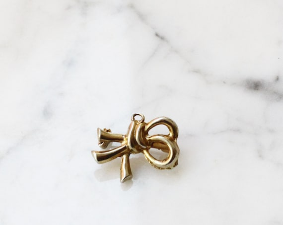 1980s gold rope brooch // 1980s rope brooch // vintage brooch