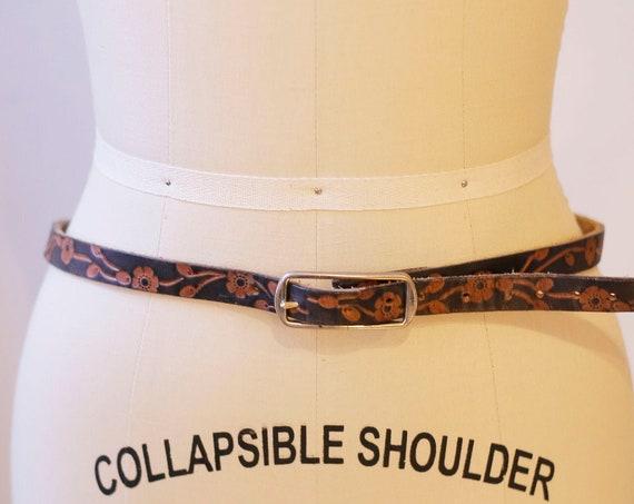 1980s skinny leather belt // 1980s etched leather belt // vintage leather belt
