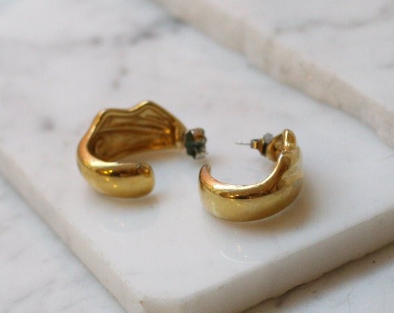 1980s gold half hoop earrings // 1980s hoop earrings // vintage earrings