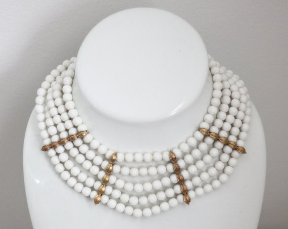 1960s white 5 strand necklace // 1960s white necklace // vintage jewlery