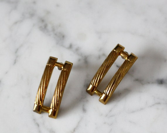1980s gold bar earrings // 1980s gold earrings // vintage earrings