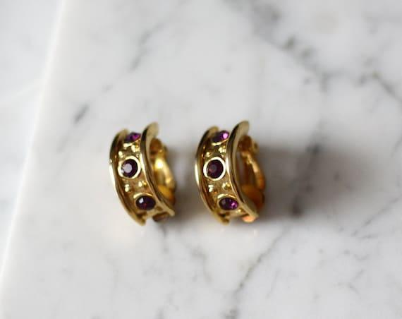 1980s thick gold hoop earrings // 1980s purple gemstone earrings // vintage earrings