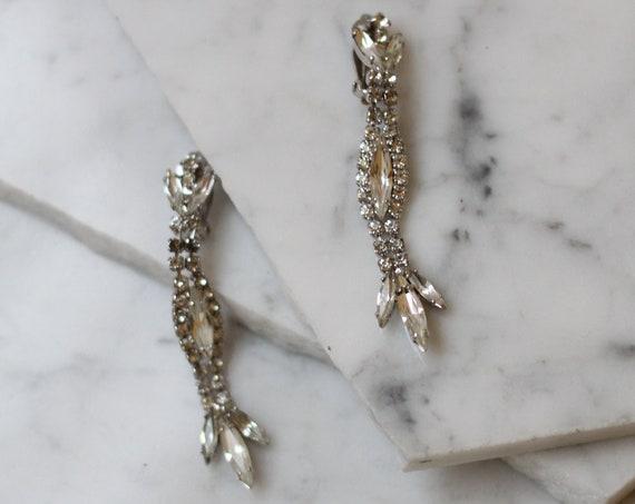 1960s rhinestone drop earrings // 1960s rhinestone statement earrings // vintage earrings
