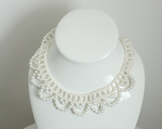 1980s scalloped pearl necklace // beaded necklace // vintage jewlery