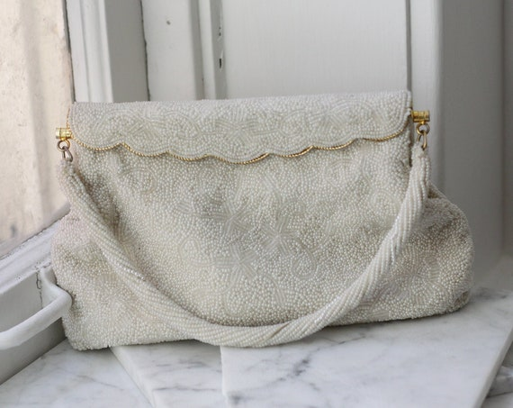 1960s white beaded clutch // wedding clutch // vintage purse
