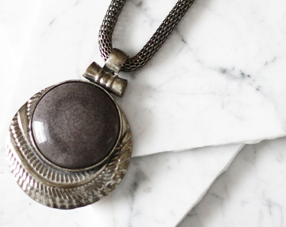 1980s large silver pendant necklace// 1980s boho necklace // vintage jewellery