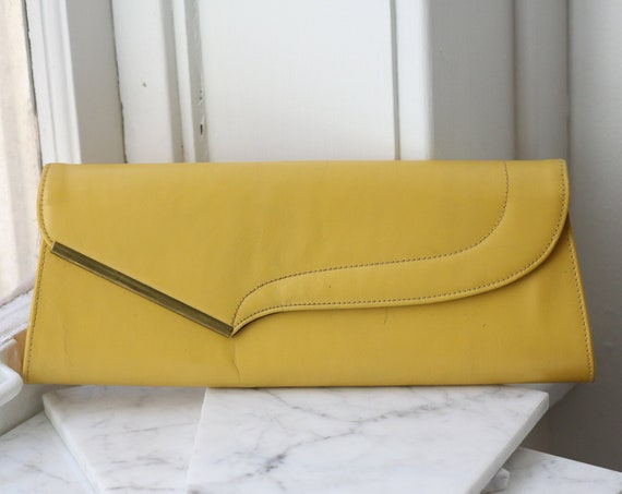 1970s yellow cocktail clutch // 1970s evening clutch // vintage purse