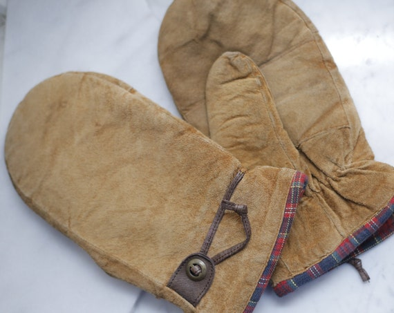 1980s leather mitts // 1980s leather plaid mitts // vintage mitts