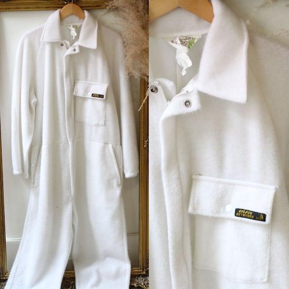 1970s white fuzzy jumpsuit // 1970s white pantsuit // vintage jumpsuit