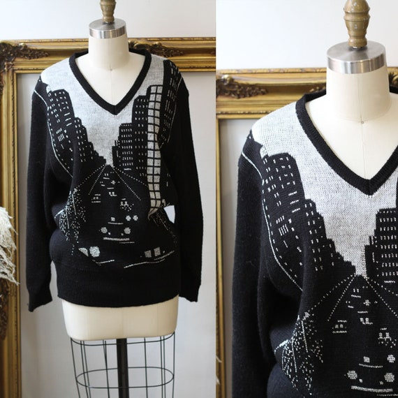 1980s black city landscape sweater // 1980s novelty sweater // vintage sweater