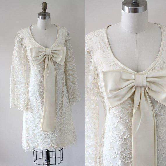 1960s champagne lace dress // bell sleeve dress // vintage dress