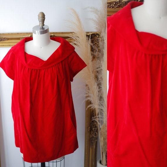 1960s red velvet maternity top // 1960s red velvet top // 1960s maternity top