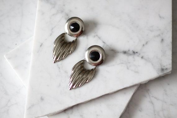 1980s silver drop earrings // 1980s statement earrings // vintage earrings