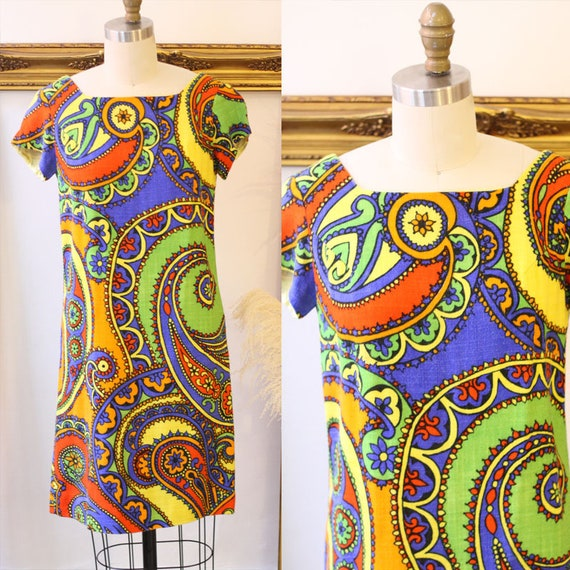 1960s paisley dress // 1960s paisley shift dress // vintage dress
