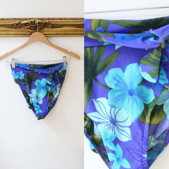1980s high cut bikini bottoms // Vintage Swimsuit bottoms // high cut style bathing suit