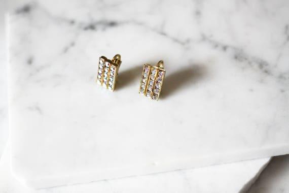 1950s gold rhinestone earrings // 1960s rhinestone earrings // vintage earrings
