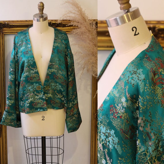 1960s green satin embroidered robe top // 1970s green satin jacket // vintage robe