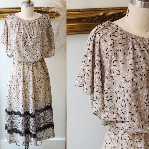 1970s paisley dress // 1970s sheer printed dress // vintage dress