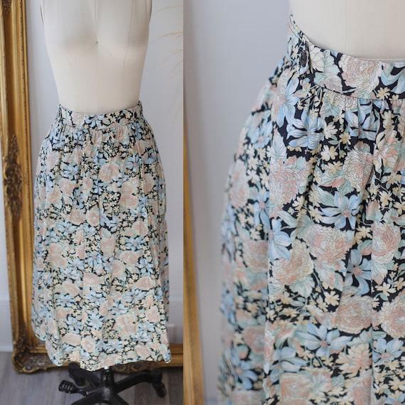 1950s novelty floral skirt // 1950s novelty skirt // vintage circle skirt