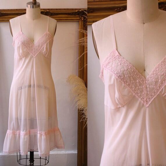 1960s sheer pink lace slip //  1960s baby pink slip // vintage lingerie