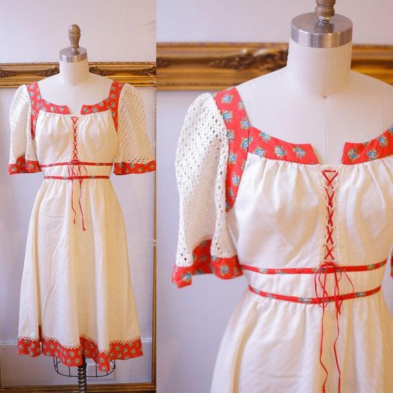 1970s mesh sleeve boho dress // 1970s floral boho dress // vintage dress