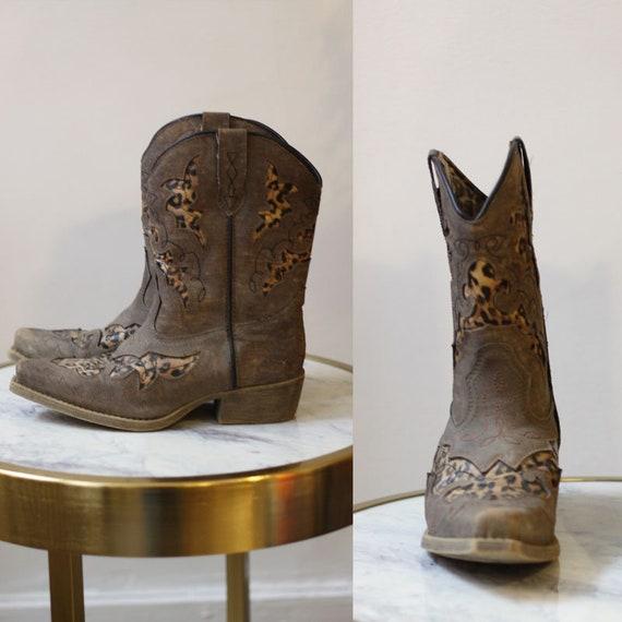 1990s leopard cowboy boots // 1990s leopard boots // vintage boots