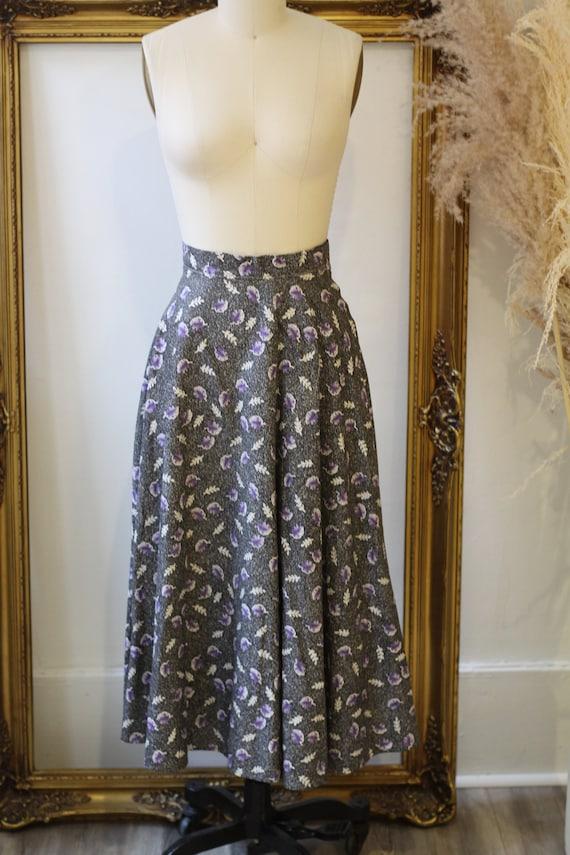 1950s novelty leaf skirt // 1950s grey novelty sk… - image 2