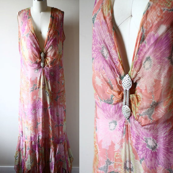 1920s floral silk chiffon dress // 1920s flapper dress  // vintage dress