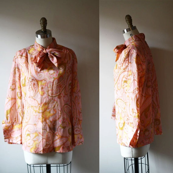 1970s psychedelic blouse // 1960s floral blouse // vintage womens