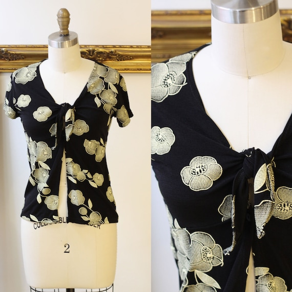 1990s slinky floral tie top // 1990s wrap top // 1990s crop top
