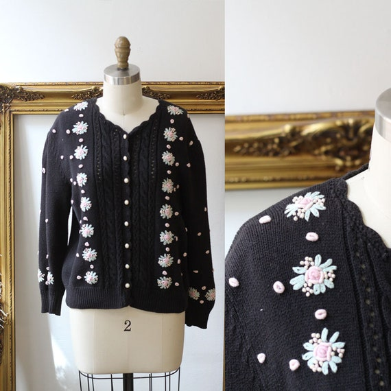 1980s black floral cardigan // 1980s floral sweater // vintage sweater