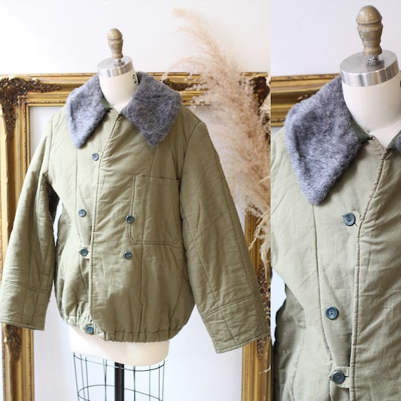 1950s army green quilted jacket //1950s bomber jacket  // vintage bomber jacket