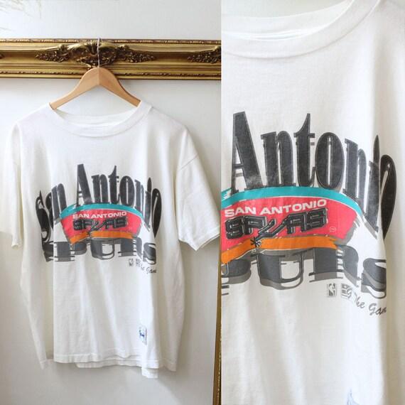 1990s San Antonio Spurs t-shirt // 1990s NBA tshirt // vintage t-shirt
