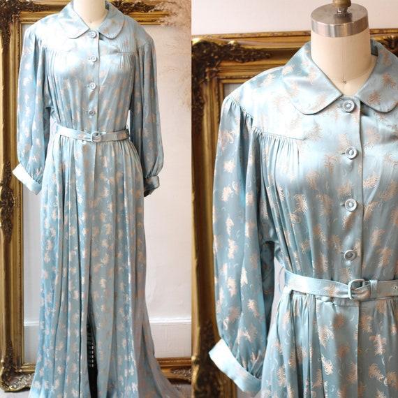 1930s satin embroidered robe // 1940s liquid satin robe // vintage robe