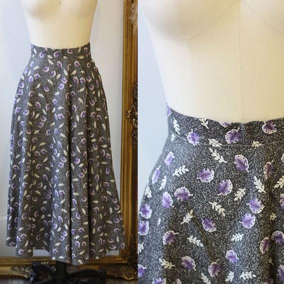 1950s novelty leaf skirt // 1950s grey novelty skirt // vintage circle skirt