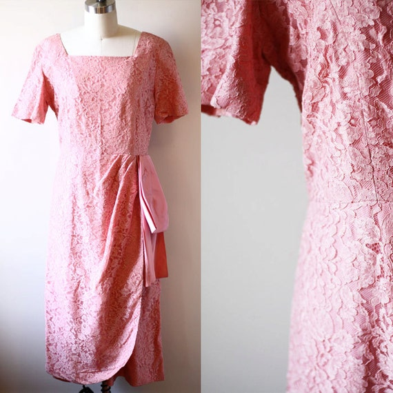 1960s dusty pink lace dress // lace dress // vintage dress